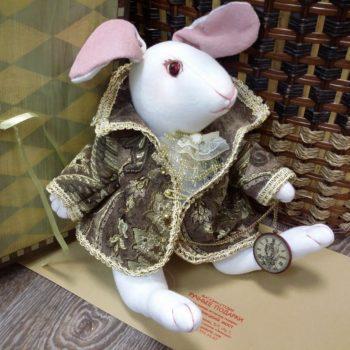 Кролик из Алисы