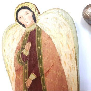 Ангел из дерева
